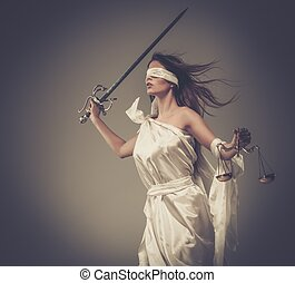 femida, diosa, de, justicia, con, escalas, y, espada, llevando, venda