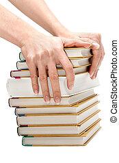 feminina, mãos, mantém, pilha, de, a, livros