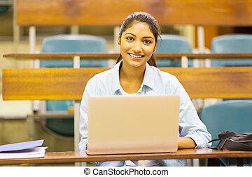 femininas, laptop, indianas, estudante universitário, usando