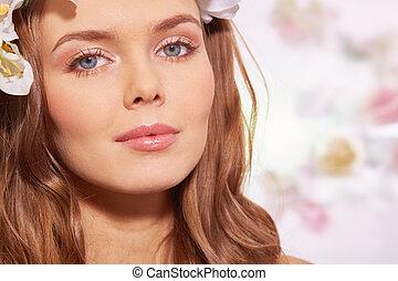 Feminine makeup - Sensual woman with beautiful makeup