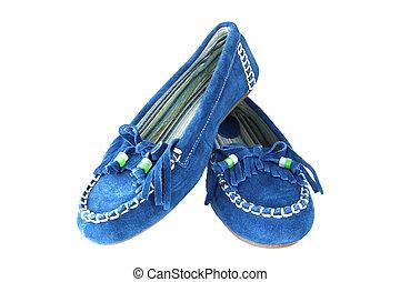 feminine suede shoes