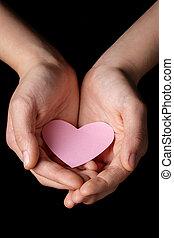 feminino adolescente, mãos, segurando, coração, papel