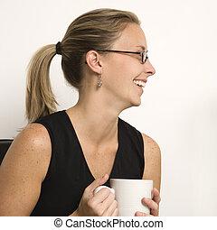 femme, à, coffee.