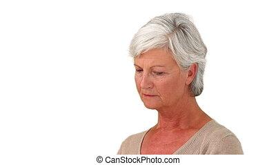 femme âgée, abook, lecture