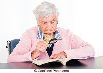 femme âgée
