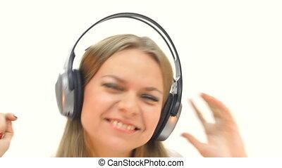 femme, écouteurs, écoute
