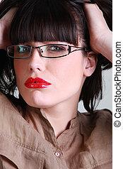 femme, étouffant, lunettes