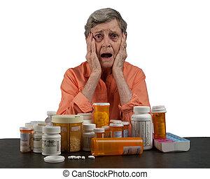femme aînée, à, médicaments