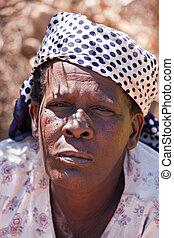 femme aînée, africaine