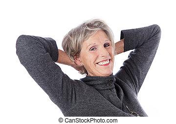 femme aînée, délassant