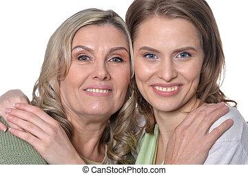 femme aînée, fille, heureux