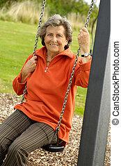 femme aînée, swinger