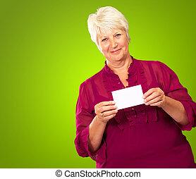 femme aînée, tenue, carte