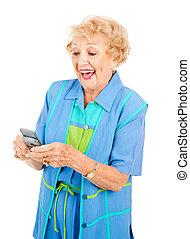 femme aînée, texting, amours