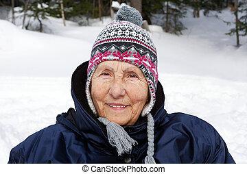 femme aînée, toque