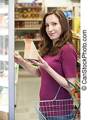 femme, achat, sandwich, supermarché