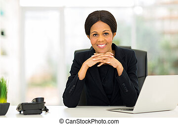 femme affaires, âge, mi, bureau, africaine