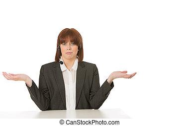 femme affaires, épaules, elle, gesticulation