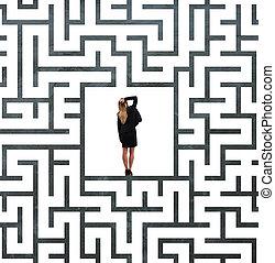femme affaires, centre, labyrinthe, confondu