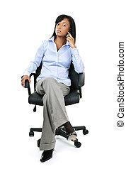 femme affaires, chaise, téléphone, bureau, séance