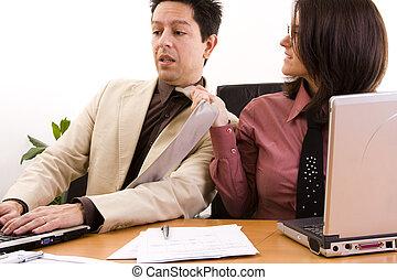 femme affaires, harcèlement