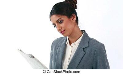 femme affaires, lecture, heureux, journal