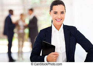 femme affaires, portrait, à, tablette