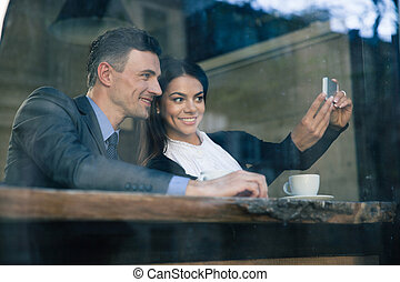 femme affaires, selfie, photo, confection, homme affaires
