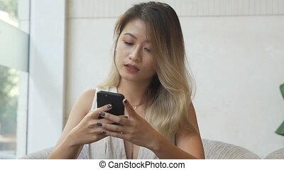 femme affaires, smartphone, jeune