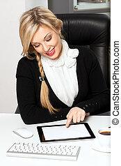 femme affaires, tablette, bureau