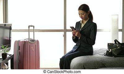 femme affaires, voyage, business, heureux