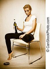 femme, alcoolique