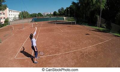 femme, angle, tennis, élevé, champ, servir, vue