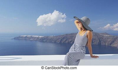 femme, apprécier, vacances, élégant, soleil, santorini