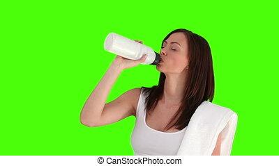 femme, après, eau, brunette, boire, sport
