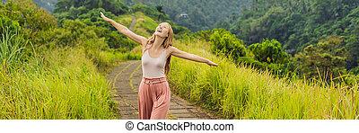 femme, arête, campuhan, bali, format, scénique, jeune, long, promenade, vert, ubud, voyageur, vallée, bannière