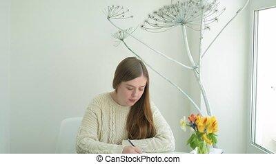 femme, artiste