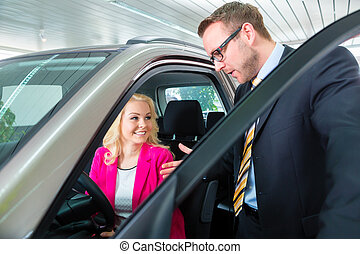 femme, auto, concession, voiture, nouveau, achat
