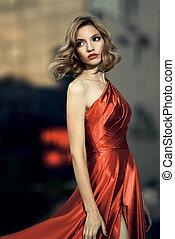femme, beauté, battement des gouvernes, jeune, sexy, robe, rouges