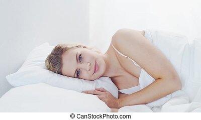 femme, bedroom., matin, blonds, repos, beau, concept., ...