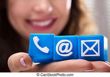 femme, blocs, cubique, communication, divers, tenue, options