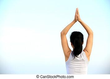 femme, bord mer, yoga, fitness
