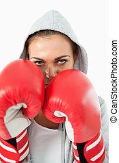 femme, boxeur, hoodie, position, défensif