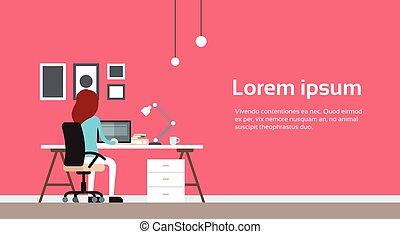 femme, bureau, business, ordinateur portable, travail, dos, informatique, lieu travail, vue postérieure