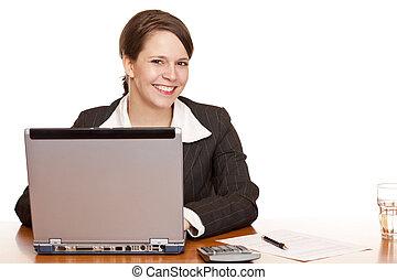 femme, bureau, business, séance, jeune, travaux ordinateur, heureux