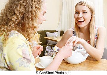 femme, café, mariage, projection, sourire, anneau