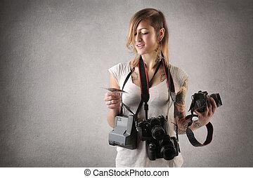 femme, cameras