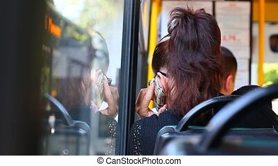 femme, cellule, conversation, mobile, jeune