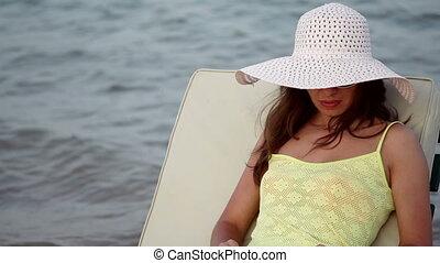 femme, chapeau, beau