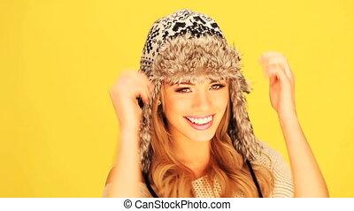 femme, chapeau, hiver, vivacious